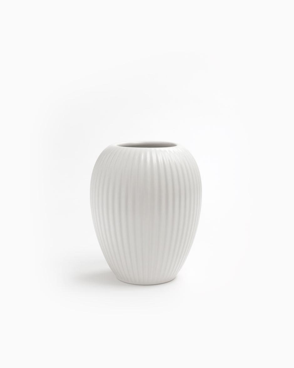 Hvid 12 CM Michael Andersen Keramik Riflet Vase Model 4767 i Stentøj