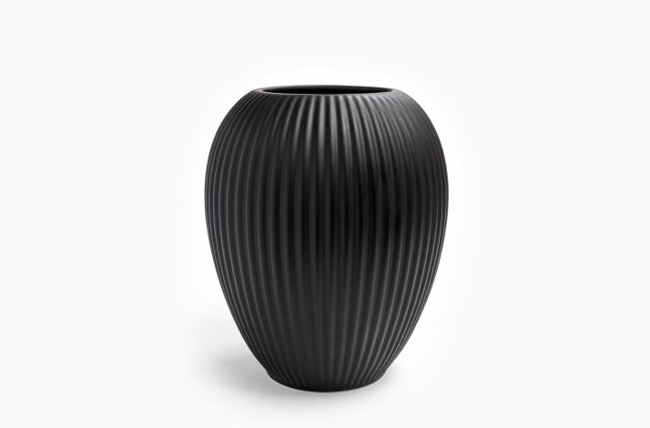 Vase Model 4767 Sort 23 cm
